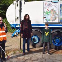 Onthulling winnende 'afvalposter' van Julius van der Tuin